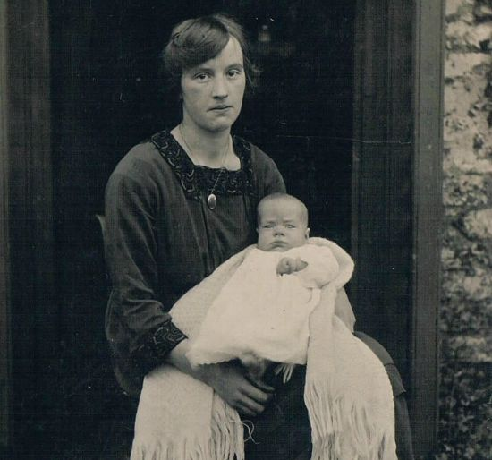 Barbara Peers as a child pictured with her Mother