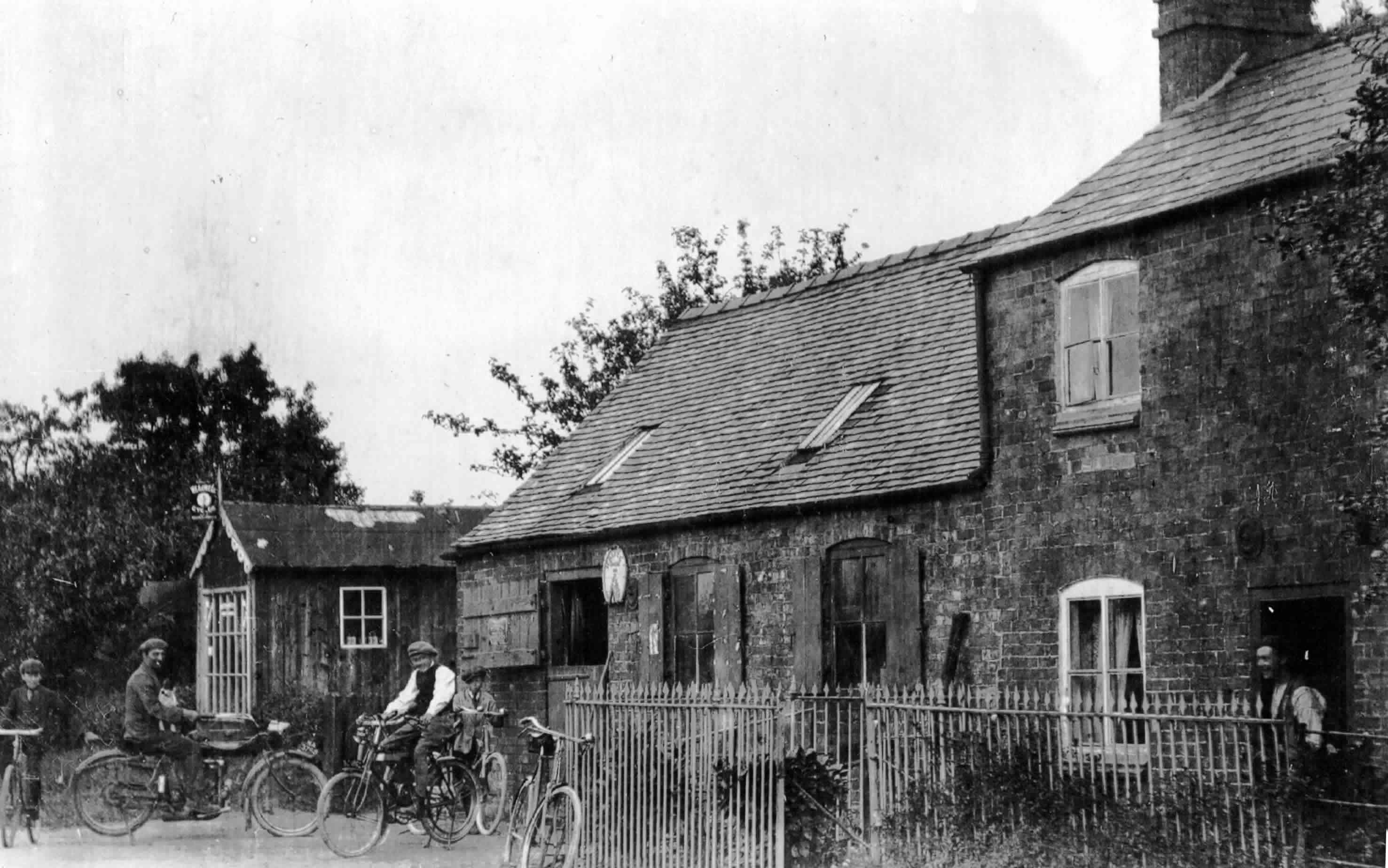 Threapwood Past