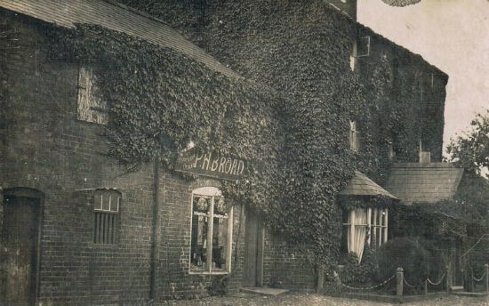 Broads Shop Circa 1920